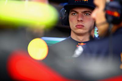 Autosport journalisten: 'Verstappen zal niet blij zijn met deze taakstraf'