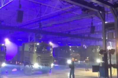 Nieuwe Scania-trucks stromen de krijgsmacht binnen