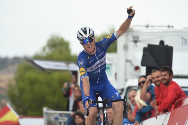 Cavagna wint Faun-Ardèche Classic met monsterlijke solo-onderneming