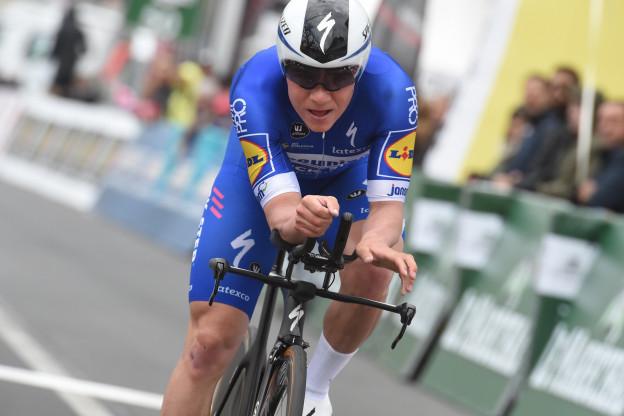 Trainer Evenepoel lyrisch over zijn pupil: 'Gaat niet kapot als hij hard fietst'