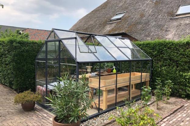 Kas in de tuin: de aanschaf van een tuinkas