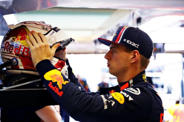 Red Bull-helm van Verstappen gaat naar de veiling, minstens 15.000 euro verwacht