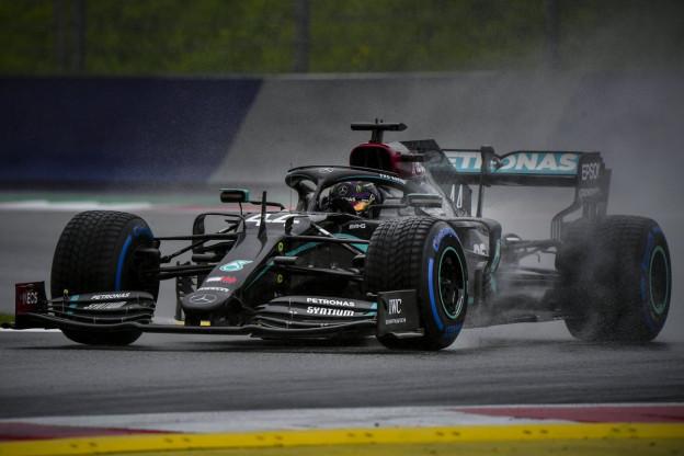 Hamilton: 'Ben blij dat ze ons hebben laten rijden'