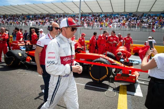 Ondertussen in de F1 | Raikkonen maakt salto van duikplank