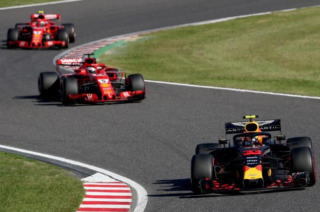 Vettel verklaart succes Verstappen en co: 'Design Renault-motor helpt Red Bull in Mexico'