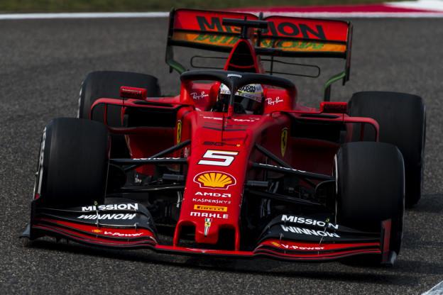 F1-teams vallen nog steeds over de nieuwe banden van Pirelli