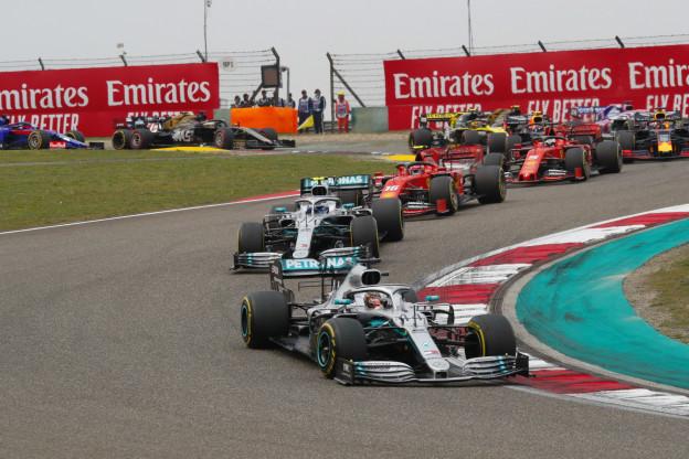 Rosberg: 'Ferrari heeft problemen, ik zet Mercedes op ieder circuit bovenaan'
