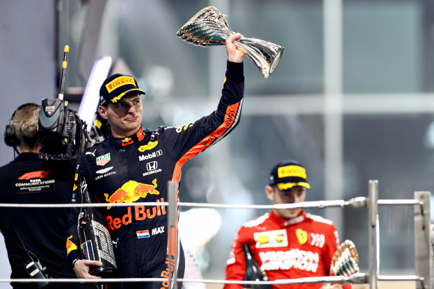 Marko dolenthousiast over Verstappen: 'Hij is heel erg snel en volwassener dan ooit'
