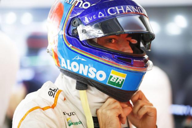 McLaren mogelijk opnieuw in zee met Alonso: 'Hij is nog steeds onderdeel van McLaren'