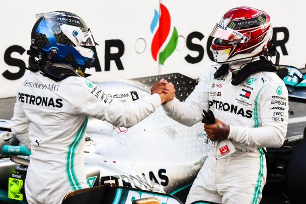 Hamilton gaat door het stof: 'Het was mijn fout en iets waar ik aan moet werken'