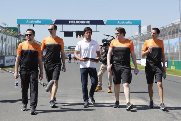 Brown: 'Als Ferrari een goede auto bouwt, zal Sainz races winnen'