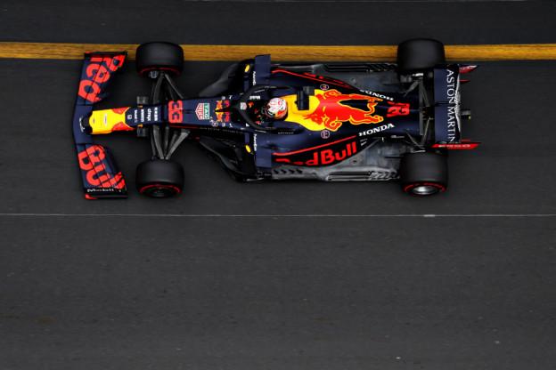 F1-techniek in Montréal | Red Bull experimenteert met vleugeltjes bij neus Verstappen