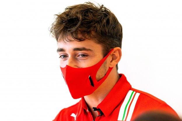 Ferrari wil gaan gokken met strategieën: 'Dat moeten we dan maar'
