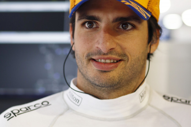Sainz over verregende VT2: 'Data is volstrekt onbruikbaar'