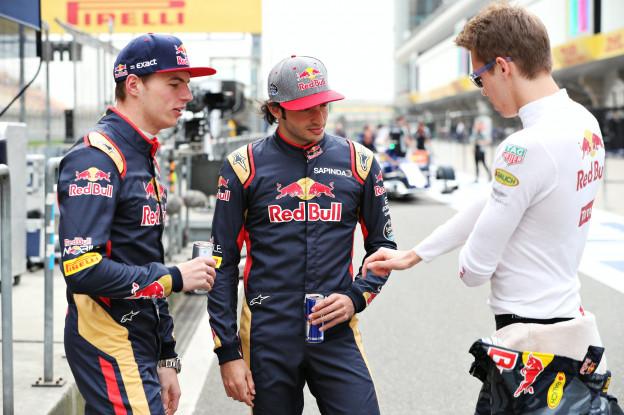 Sainz voorspelt: 'Denk niet dat een gevecht met Red Bull realistisch is'