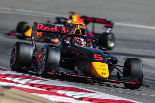 Pourchaire wint Formule 3-race na crash tussen leiders