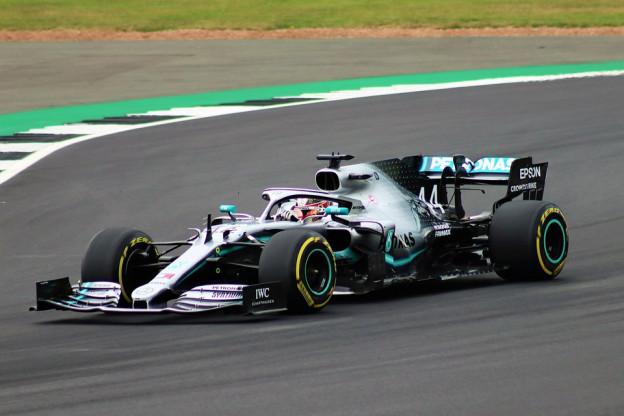 Hamilton gelooft in raceoverwinning België ondanks snelheid Ferrari