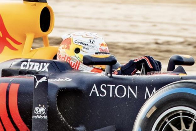 Heeft Red Bull het nieuwe helmdesign van Verstappen verklapt?