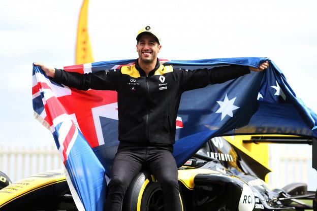Ricciardo kijkt uit naar inhaalacties: 'Je gaat meer zien dan je gewend bent'