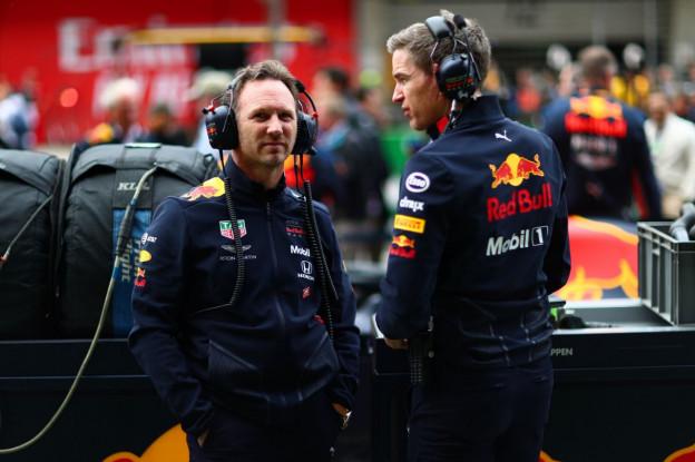 Horner: 'Voor helft van seizoen vrijwel op het niveau van Mercedes en Ferrari'