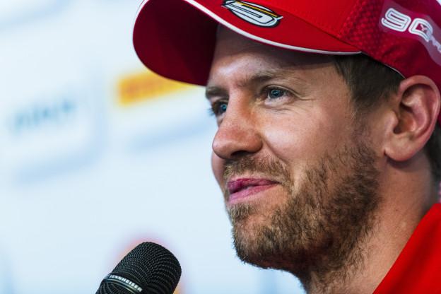 Vettel ziet ruimte voor verbetering, maar denkt dat Ferrari dicht bij Red Bull zit