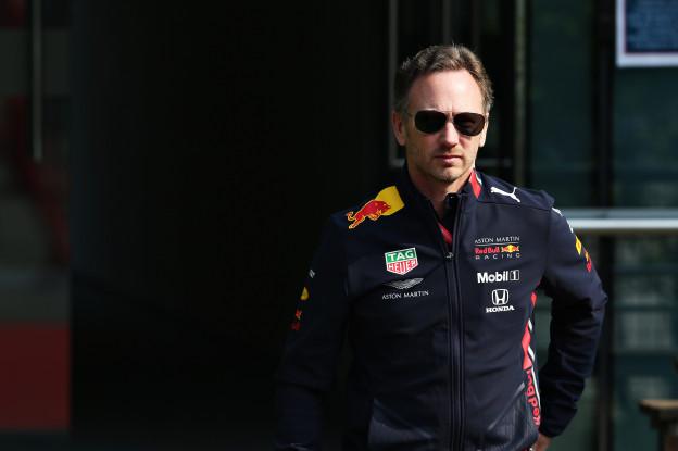 Horner: 'Ferrari is momenteel de standaard, zelfs voor Mercedes'