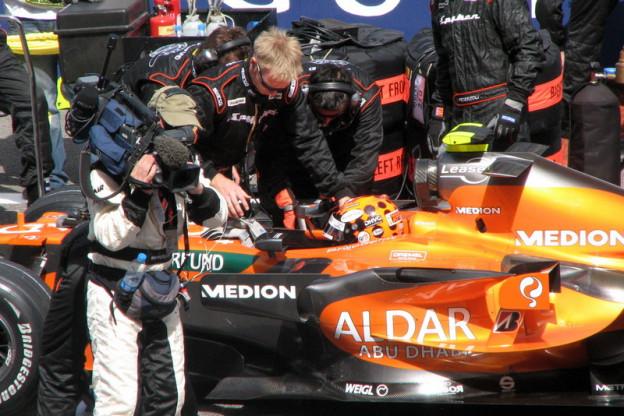Ondertussen in F1 | De crash van Albers bij de laatste Grand Prix op Imola