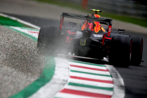 VT3: Vettel de snelste, Verstappen op tweede plek op minimaal verschil