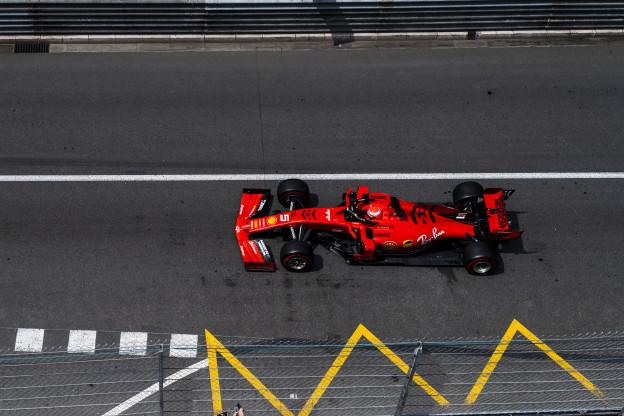 Update | Leclerc wist niks van straf Vettel, Ferrari is het 'vergeten'