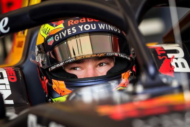 Formule 2: Tsunoda profiteert optimaal van crash tussen Schumacher en Shwartzman