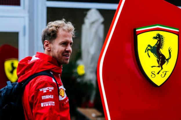 Update | Vettel krijgt gridstraf van drie plaatsen