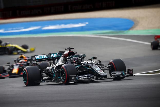 Hamilton reed met een los stuursysteem: 'Maar het was niet onveilig'