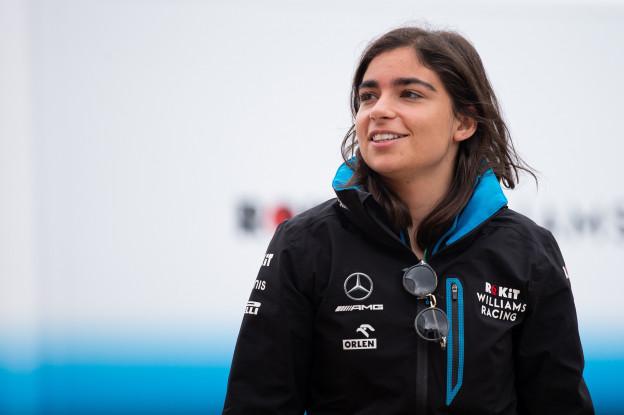 Ferrari wil gelijke kansen bieden: 'We zijn op zoek naar vrouwelijke coureurs'