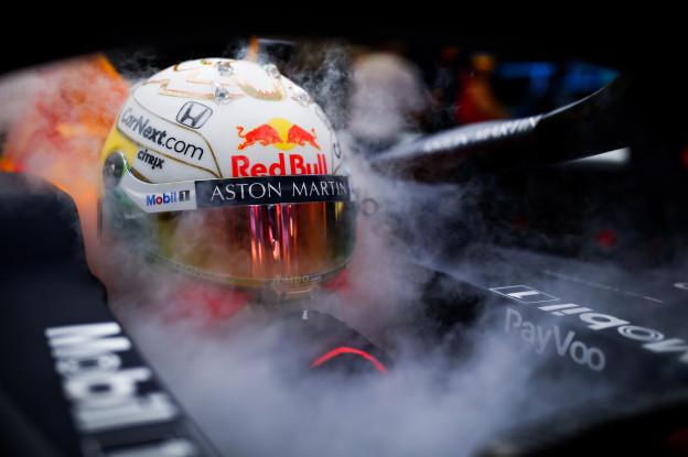 Verstappen tevreden na eerste dag in Barcelona: 'De auto voelde goed'