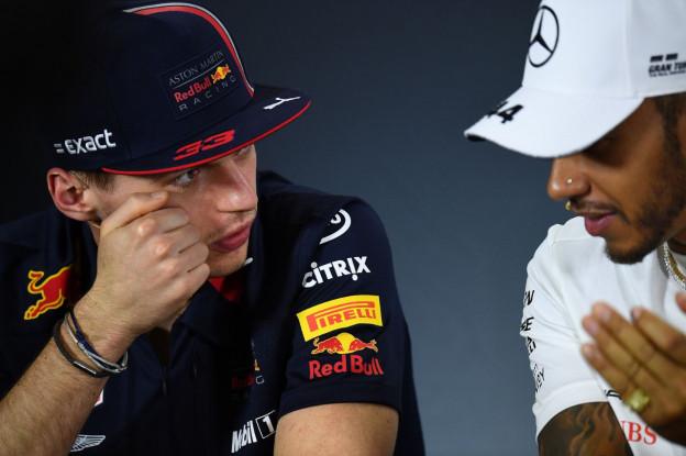 Di Resta: 'Hamilton is een beetje bang voor een gevecht met Verstappen'