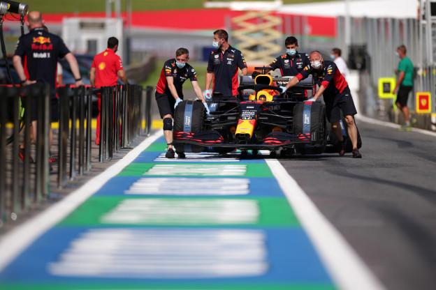 Red Bull-ingenieur verklaart: 'Ook was er schade aan de achtervleugel'
