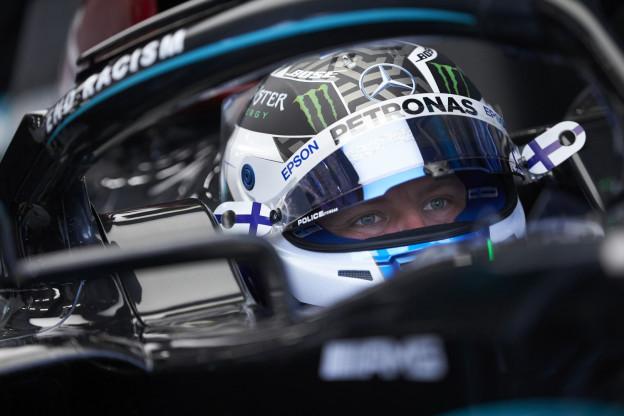 Bottas pakt pole van Hamilton af, Hülkenberg kwalificeert knap op P3