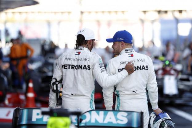 Wolff beweert: 'Gelijkwaardige titelkansen voor Bottas en Hamilton'