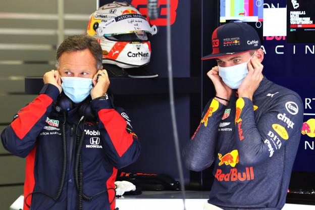 Verstappen minder optimistisch over kansen Red Bull in Hongarije dan Horner