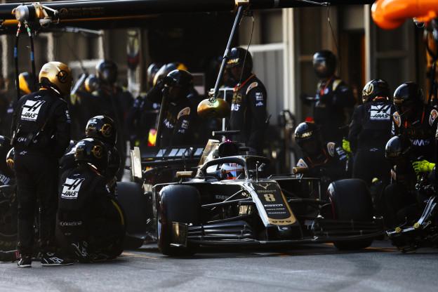 Haas krijgt bolide maar niet aan de praat, Grosjean baalt: 'F**king irritant'