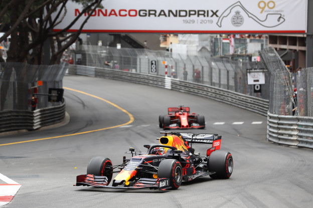 'Ferrari slaat toe en haalt simulator-specialist weg bij Red Bull'