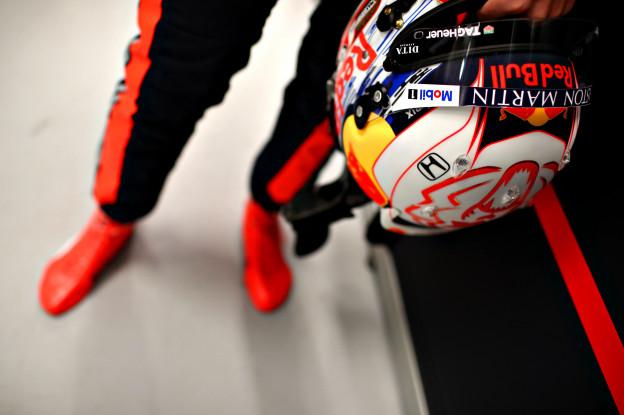 Update | FIA keurt helm Verstappen definitief goed