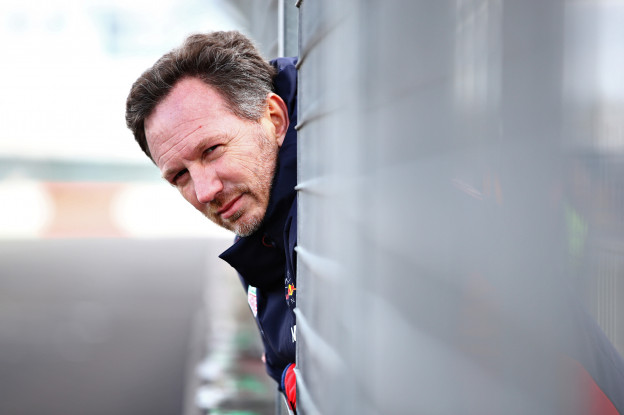Horner verklapt: 'Volgende week zien we pas de echte RB16'