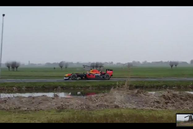 Update | Formule 1-auto Verstappen ook gespot in de polder