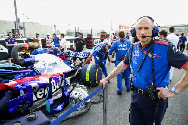 Toro Rosso meldt dat het de crashtest voor nieuwe seizoen heeft doorstaan