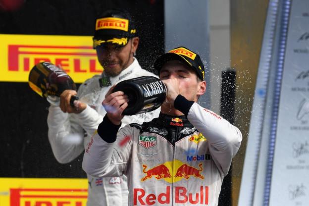 Brundle lyrisch over Verstappen: 'Zit in hoofd van andere coureurs, net zoals Senna'