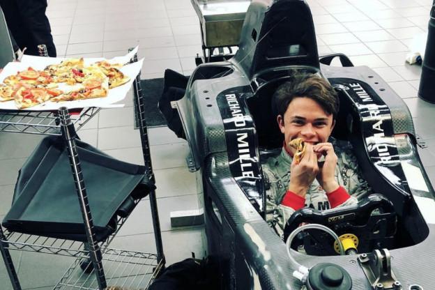 Bevestigde geruchten: De Vries werkt als simulatorcoureur voor Mercedes