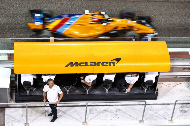 Brundle: 'McLaren en Williams zitten vast in een gat'