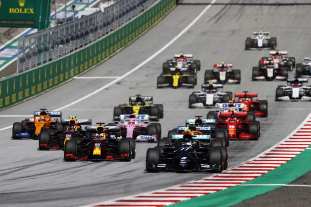 Mercedes houdt last van versnellingsbak: 'We moeten voorzichtig zijn'