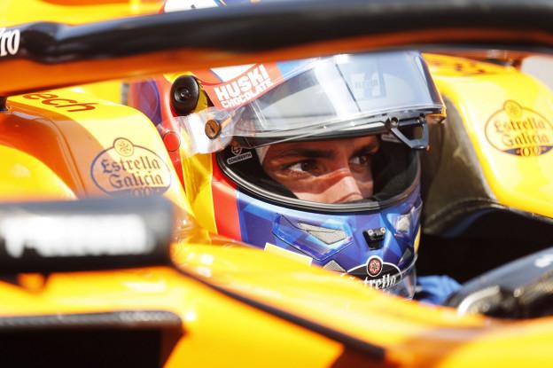 Sainz had gebrek aan zekerheid bij Red Bull: 'Contract werd elk jaar verlengd'